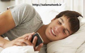 خوابیدن با تلفن همراه ممنوع
