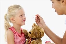 دارو دادن به کودکان بزرگتر