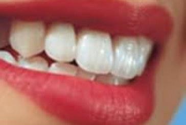 دندان های سفید لبخندتان را زیباتر می کند!
