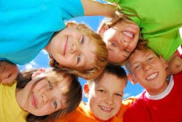 چگونه فرزندمان را شاد کنیم ؟