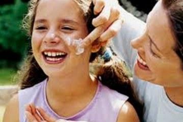 چرا باید از ضد آفتاب استفاده کنیم؟
