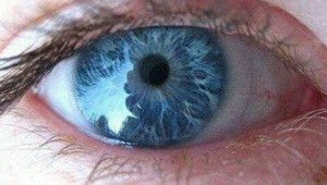 تغییرات مردمک چشمتان را جدی بگیرید