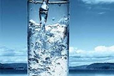 نوشیدن آب در طی روز در سلامتی شما چه نقشی دارد؟