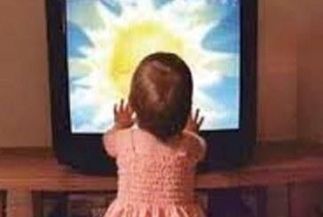 تماشاکردن تلویزیون توسط کودکان آری یا خیر؟