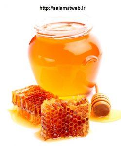 استفاده از عسل برای درمان خشکی لب ها