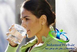 نوشیدن آب فراوان برای چاقی صورت