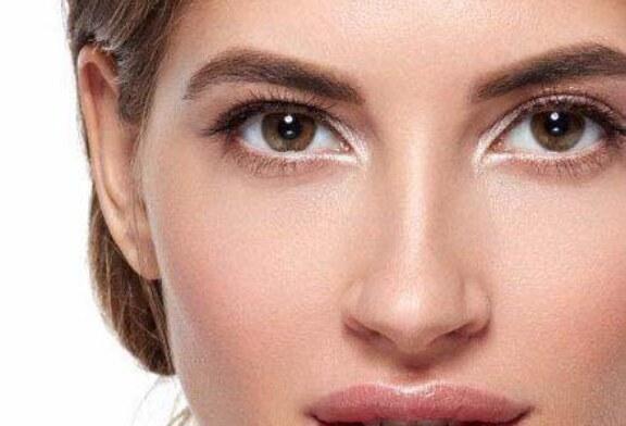 افتادگی پلک از علت تا درمان + معرفی انواع روش های درمان افتادگی پلک
